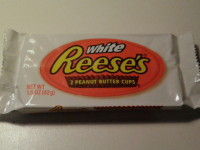 white reese's voorkant